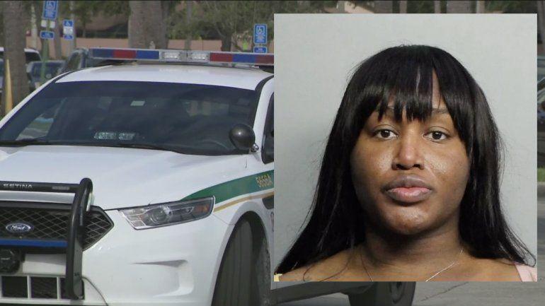 Mujer transgénero arrestada después de drogar a un hombre y luego robarle