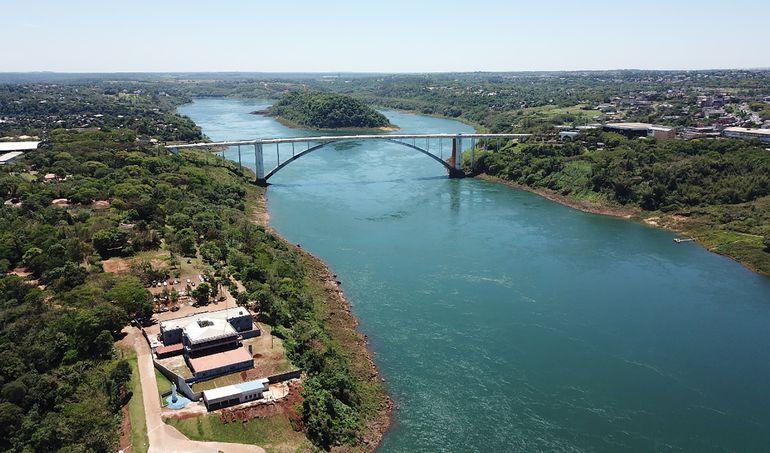 Hidroeléctrica de Itaipú resiente los efectos de la sequía