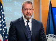 james story toma posesion como embajador de eeuu en venezuela, el primero en ocupar el cargo en diez anos