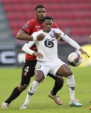 Con gol de David, Lille vence 1-0 a Rennes y sigue segundo