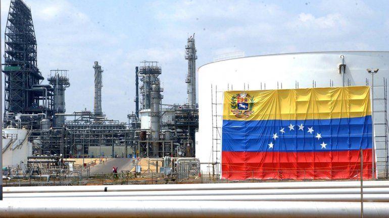 Exportaciones de crudo venezolano cayeron en mayo por fallas y falta de diluyentes