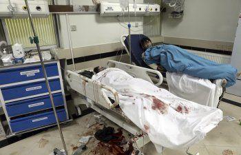 Bomba mata a 25 personas cerca de escuela en capital afgana