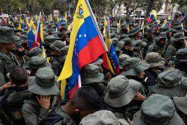juan guaido responsabilizo a nicolas maduro por la muerte de los militares venezolanos a manos de las farc