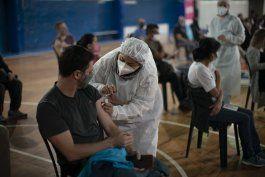 argentina recibe 3,5 millones de vacunas donadas por eeuu
