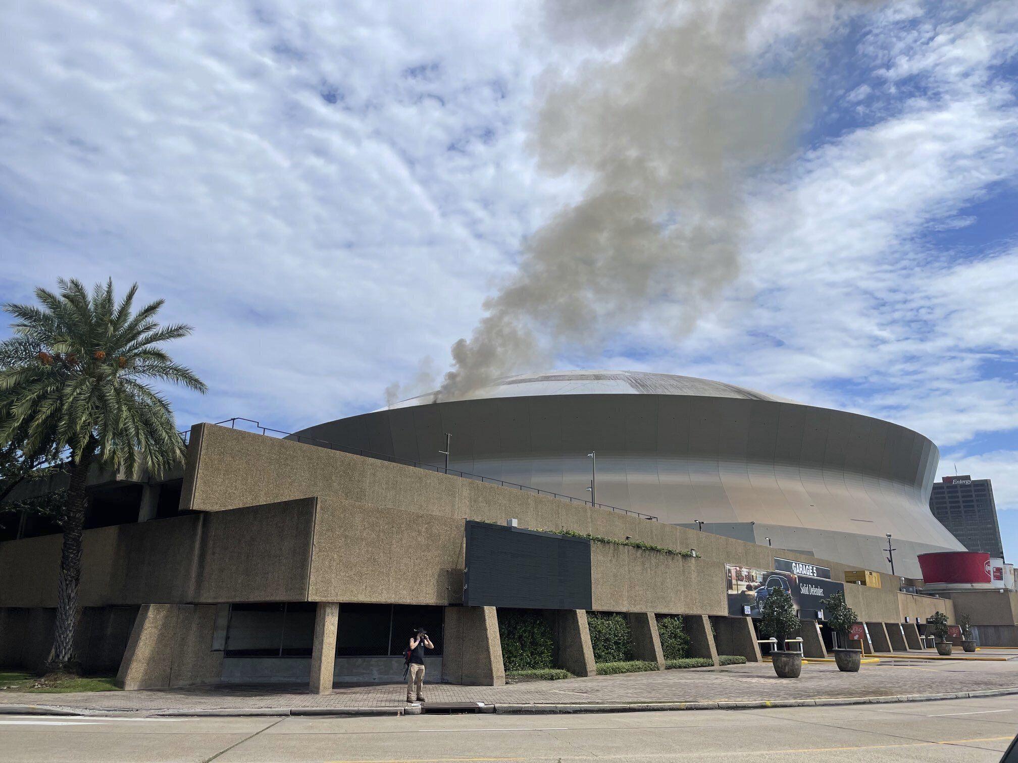 controlan incendio en techo del superdome en nueva orleans