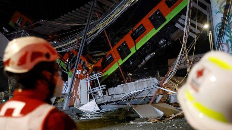 Al menos 24 muertos por el derrumbe de un tramo del metro de Ciudad de México