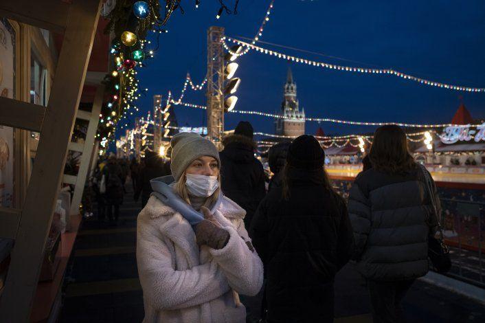 Moscú abre docenas de centros de vacunación contra COVID-19