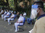 ministra de sri lanka que uso pocion casera contrae covid-19