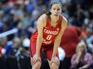 basquetbolista de canada debate entre amamantar o ser atleta