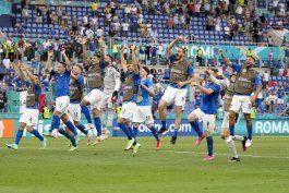 italia le dice adios al catenaccio. ahora juega al ataque
