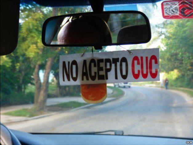 Régimen culpa ahora a taxistas privados de devaluar el CUC en Cuba