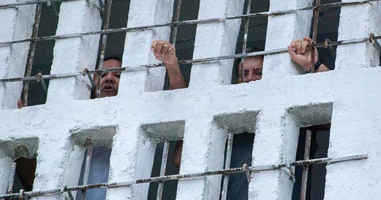 Cuba: Trasladan a cárceles a participantes de protestas del 11 de julio