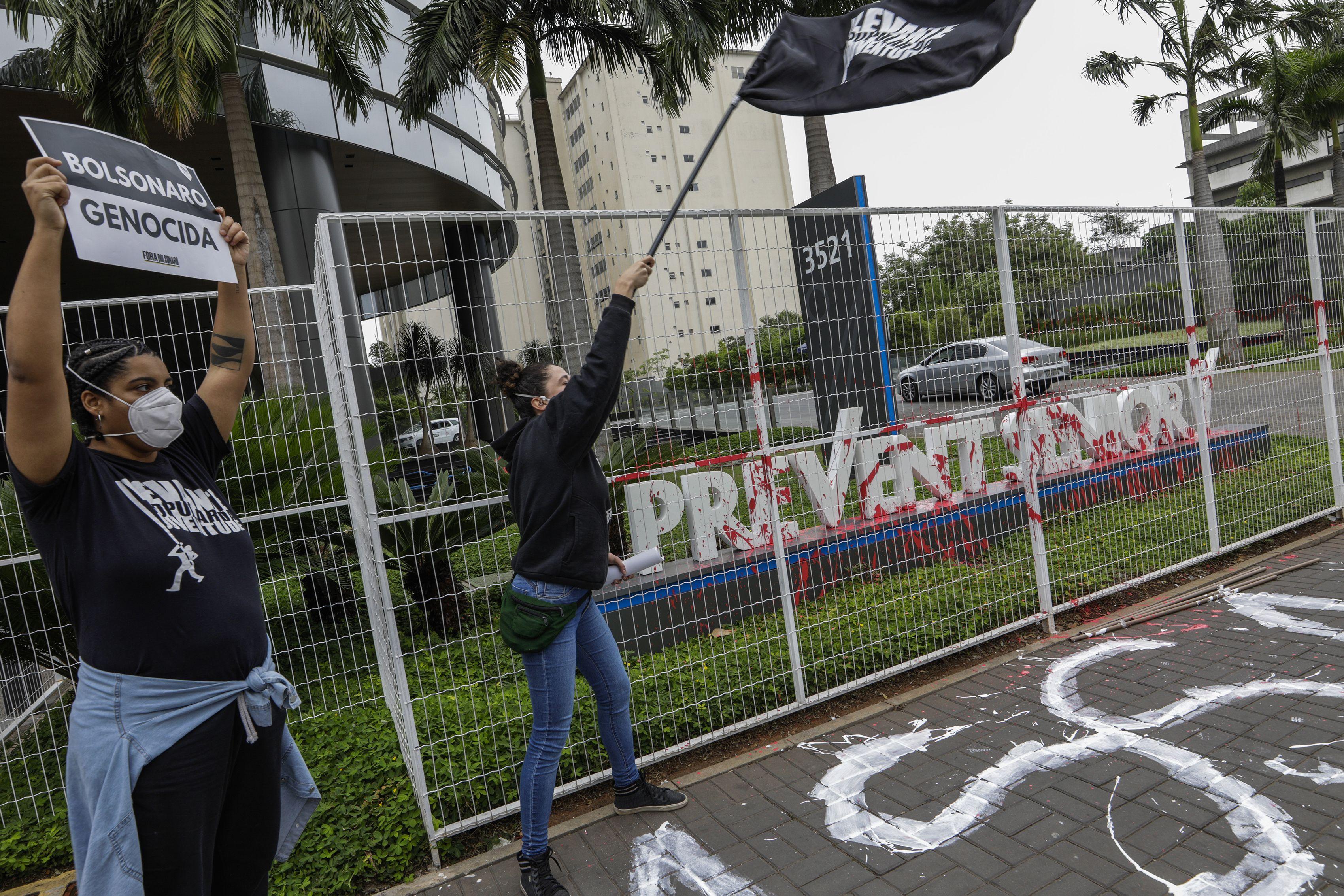 medicos en brasil denuncian atencion poco fiable al covid-19