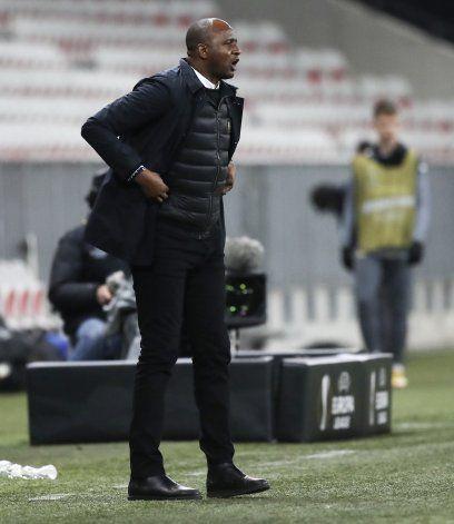 Niza cesa al técnico Vieira tras eliminación de Liga Europa