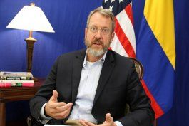 el embajador de eeuu en venezuela pide una sola postura internacional frente a maduro a pesar de la ideologia
