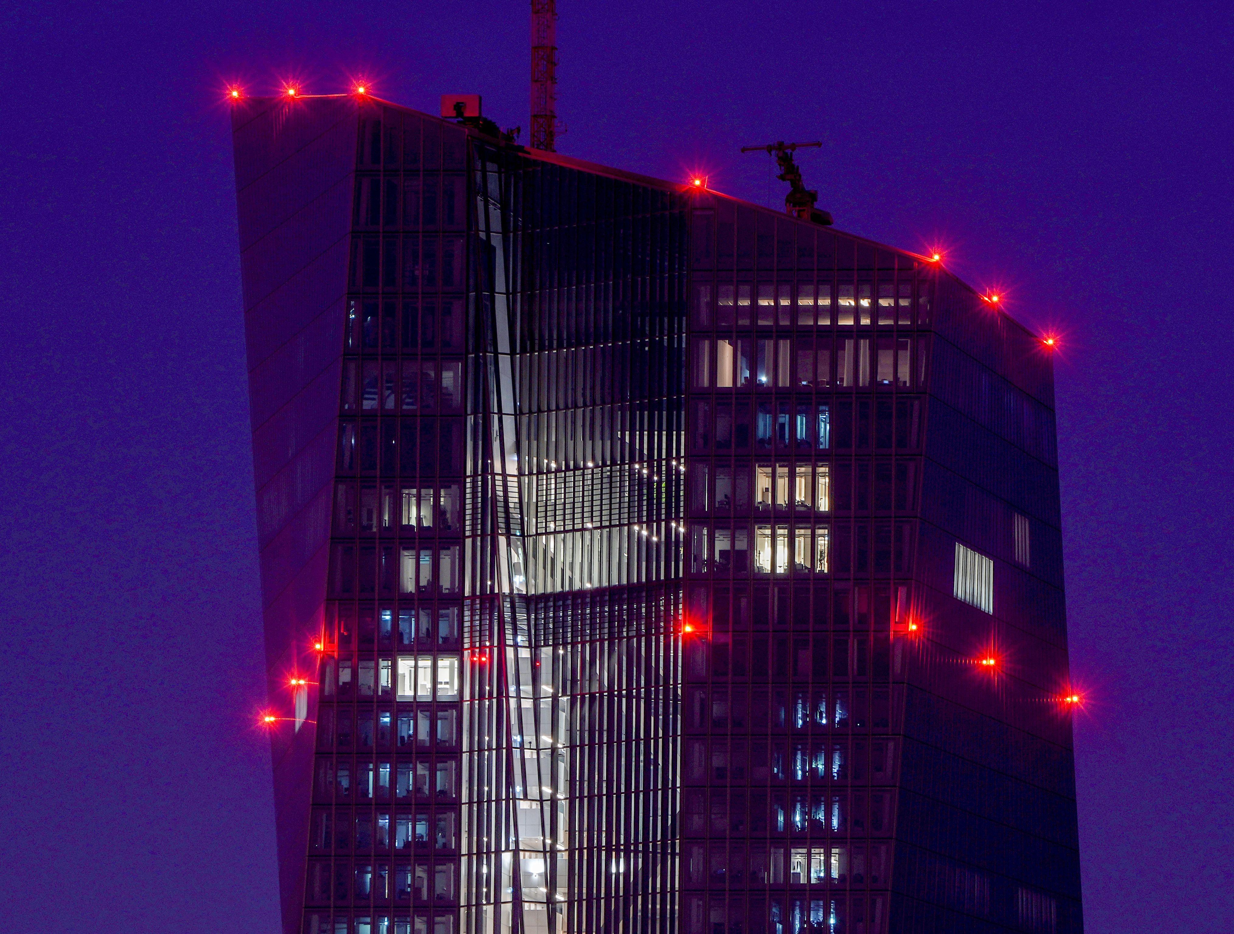 banco central europeo reducira estimulo economico