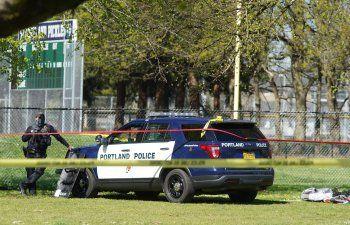 Disturbios en Oregon después de que la policía mata a hombre