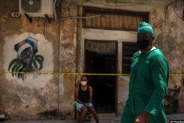 las cifras no bajan: 1,017 casos y 5 muertos por covid-19 en cuba