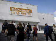 varios asistentes dan positivo por covid-19 despues de la conferencia de bitcoin en miami