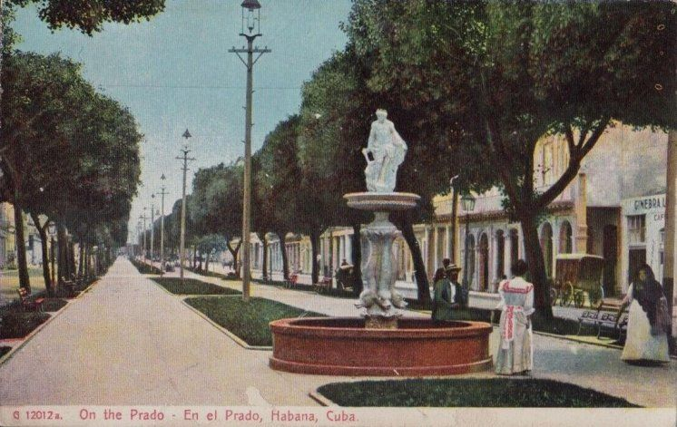 La Cuba del Recuerdo  El paseo Del Prado en La Habana.