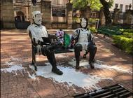 vandalizan estatuas de fidel castro y che guevara en mexico