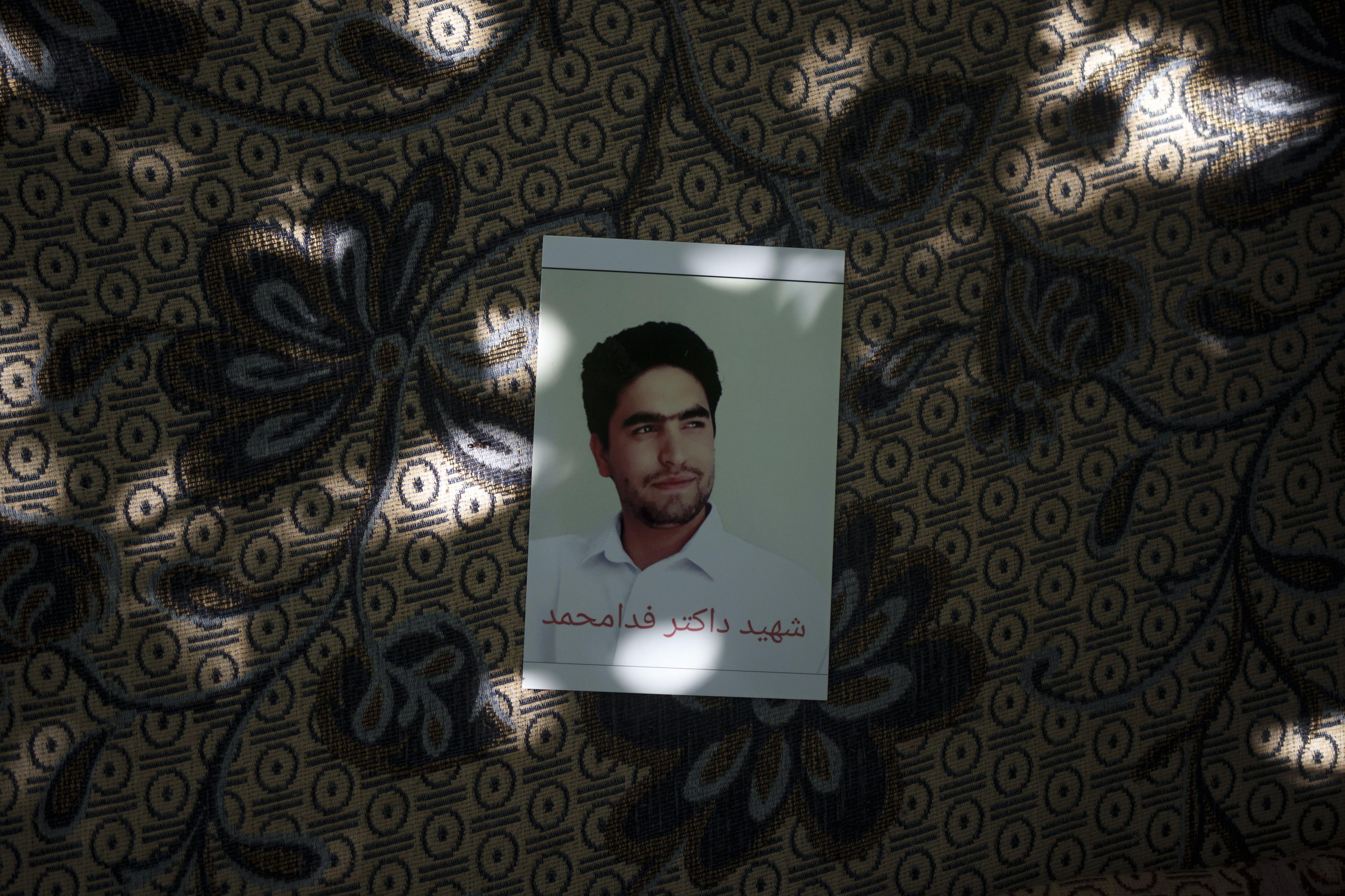 repercute muerte de afganos aferrados a avion de eeuu