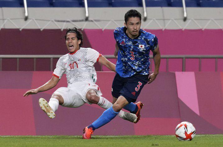 Japón le baja los humos a México en el fútbol olímpico