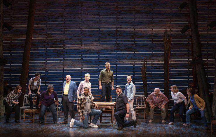 Ruedan lágrimas: Musical Come From Away llega a Apple TV+