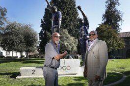 smith, carlos y berry exigen permitir protestas en olimpicos