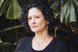 colombiana pilar quintana gana premio alfaguara de novela