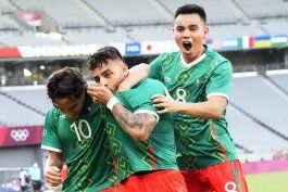 mexico arrasa 4-1 a francia en su debut en tokio