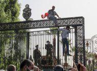 tunez: presidente quiere que magnates financien desarrollo