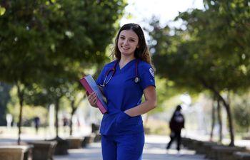 El COVID lleva a los jóvenes a optar por la enfermería