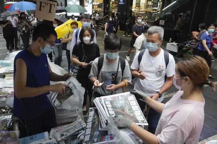 La última edición del Apple Daily se agota en Hong Kong