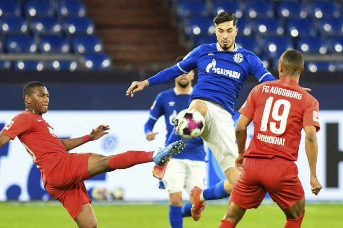 Colista Schalke derrota a Augsburgo para su 2da victoria