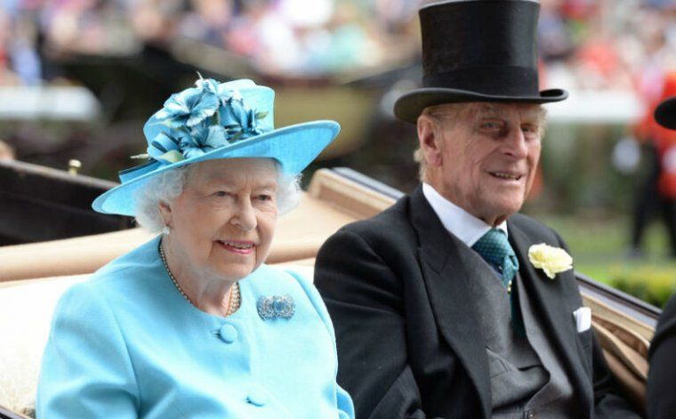 Con emotivas palabras la reina Isabel II despidió a su difunto esposo