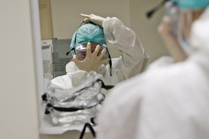 Italia mantiene el virus a raya; siguen las restricciones
