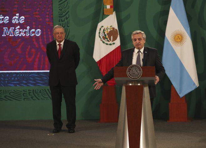 Argentina pide apoyo a México para vacuna sea bien global