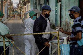 cifra de casos de covid-19 en cuba sigue siendo muy elevada, reconocen las autoridades