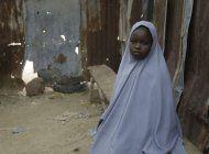 gobernador: liberadas 279 ninas secuestradas en nigeria