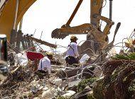 suman 95 los muertos confirmados en torre colapsada de miami