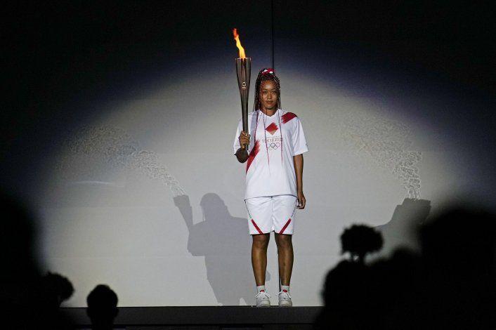 Osaka considera el mayor honor encender el pebetero