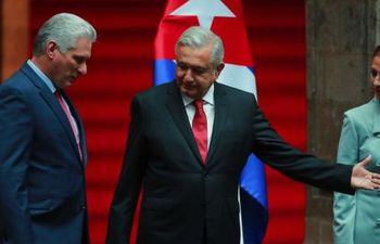 AMLO pide al exilio cubano reconciliarse con el régimen y a EEUU levantar el embargo
