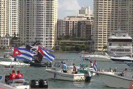 decenas de botes se reunen para protestar pacificamente contra la represion en cuba