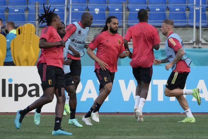 Inicia Bélgica en la Eurocopa con ausencias clave ante Rusia