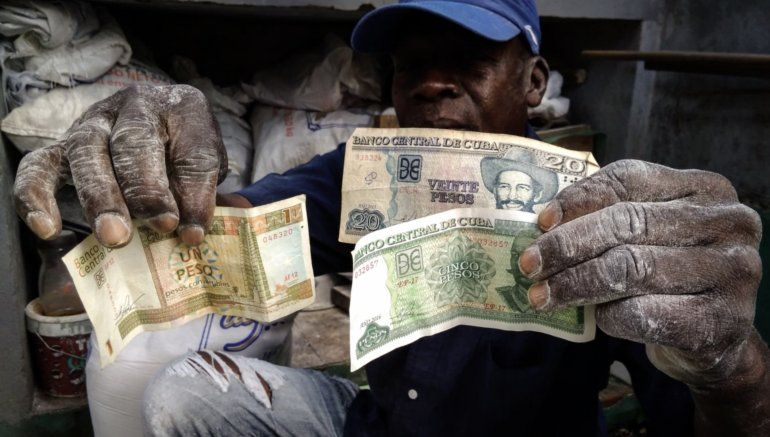 Se dispara el dólar en el mercado negro en Cuba