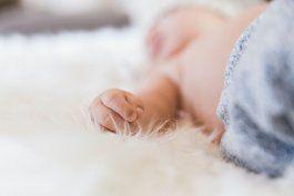 detuvieron a pareja que intentaba vender a su bebe en 10.000 dolares