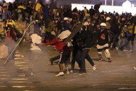 colombia: renuncia canciller en medio de tension por marchas