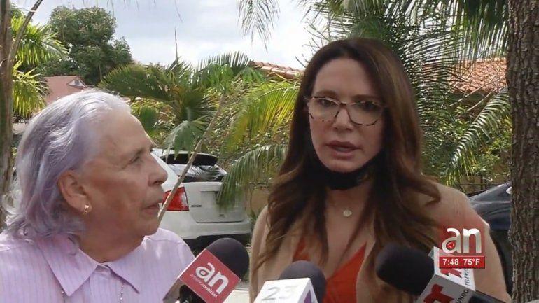Las senadoras estatales Ileana García y Annette Taddeo dan apoyo a ex prisionera política a punto de perder su casa en Miami
