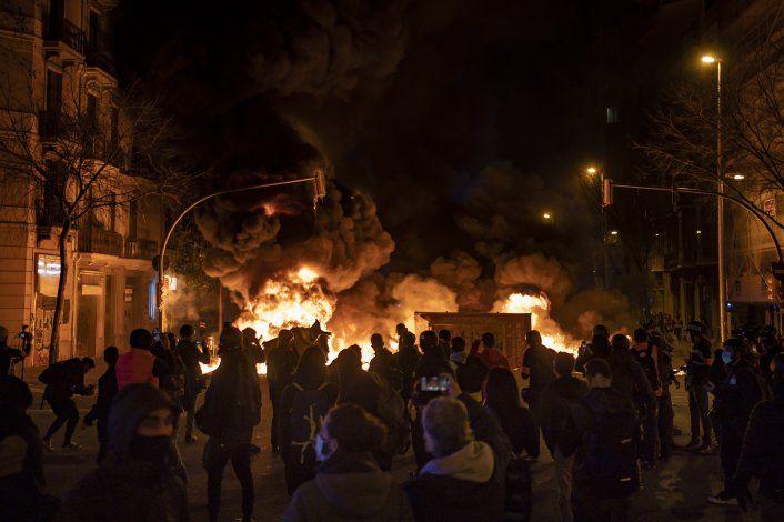 AP EXPLICA: Prisión a rapero español desata disturbios